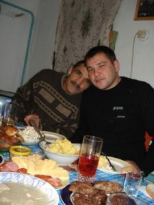 Ищу Аллашукурова Худжабека Ахмедовича и Ахмедовых